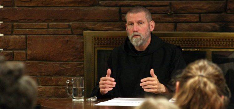 """Preghiera: arma di combattimento spirituale"""". Conferenza quaresimale a cura di P. Cassian Folsom"""
